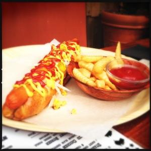 Oxford Taven - Hot Dog